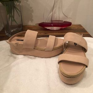Alive and Olivia sandals size 11